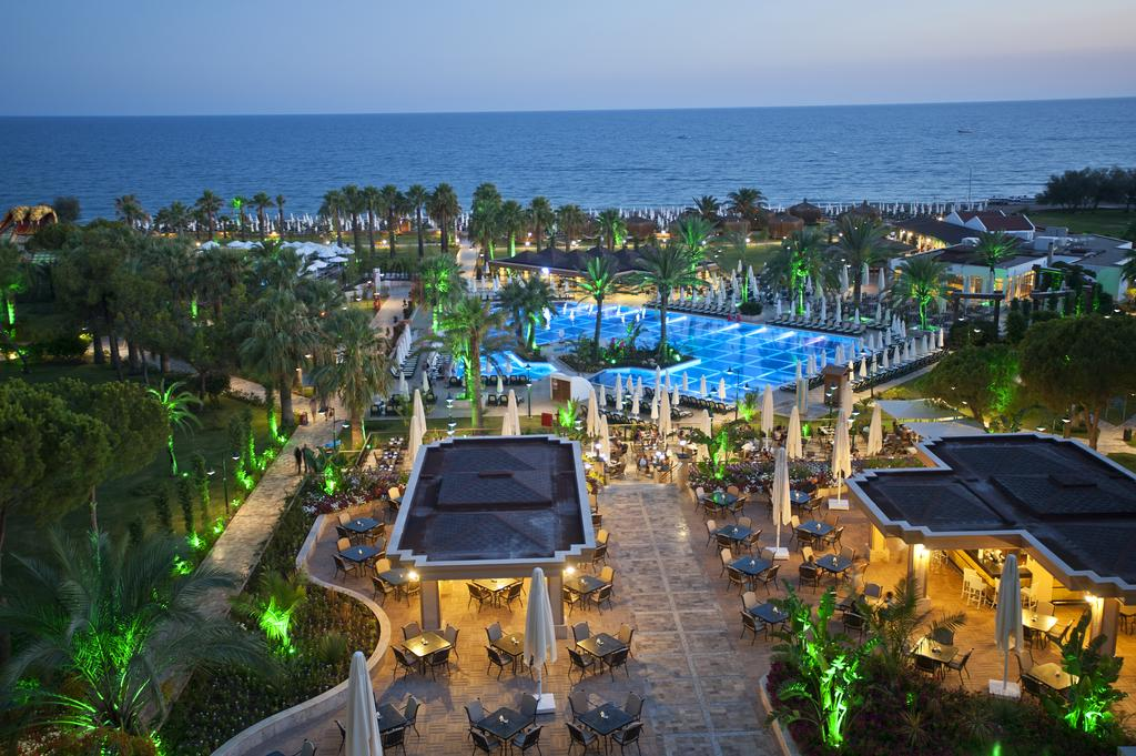 Crystal Tat Beach Golf Resort & Spa 5