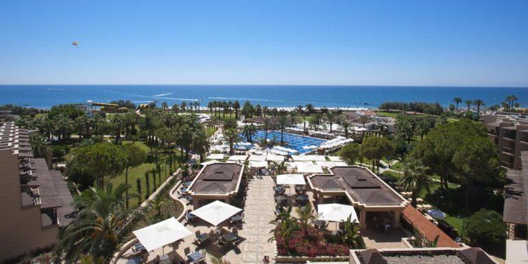Crystal-Tat-Beach-Golf-Resort-Spa2