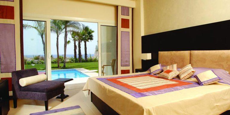 Gran- Rotana-Resort-Spa11