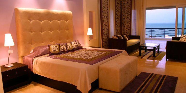 Gran- Rotana-Resort-Spa2