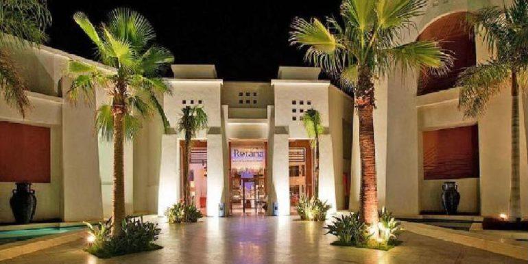 Gran- Rotana-Resort-Spa21