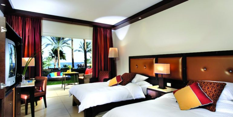 Gran- Rotana-Resort-Spa25