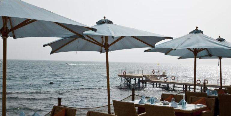 Gran- Rotana-Resort-Spa5