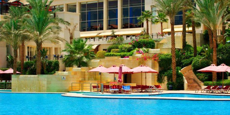 Gran- Rotana-Resort-Spa8