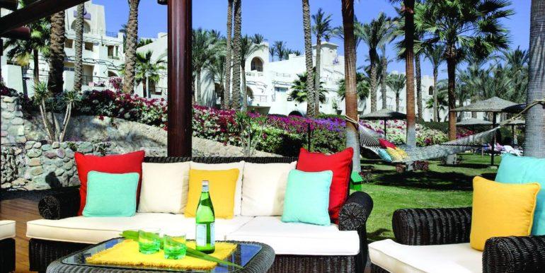 Gran- Rotana-Resort-Spa9