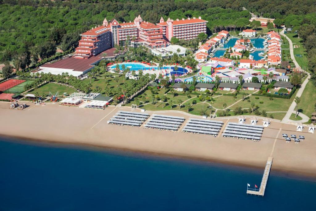 IC Santai Family Resort 5