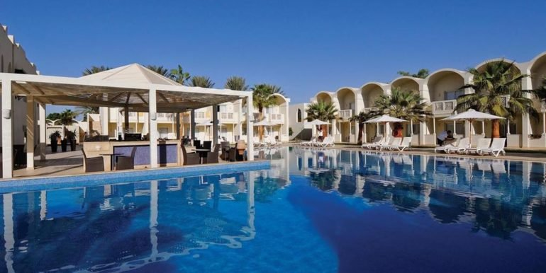 фото отеля Reef Oasis Beach Resort 5 звезд
