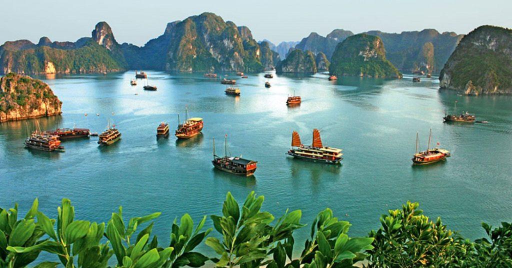Вьетнам от 2400$