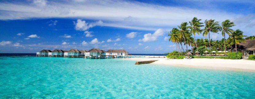 Мальдивы открылись для украинских туристов